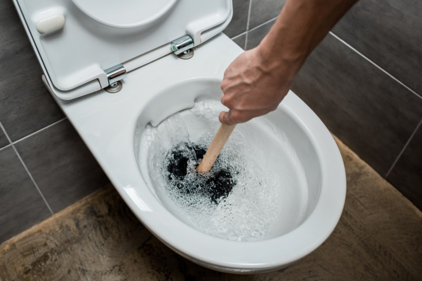 8 Reasons Why Your Toilet Clogs Too Easily